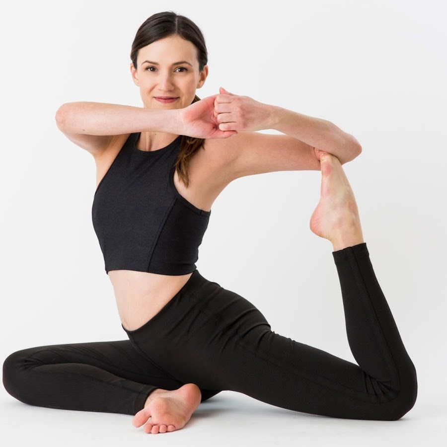 4 Best Yoga Poses For a Good Night Sleep